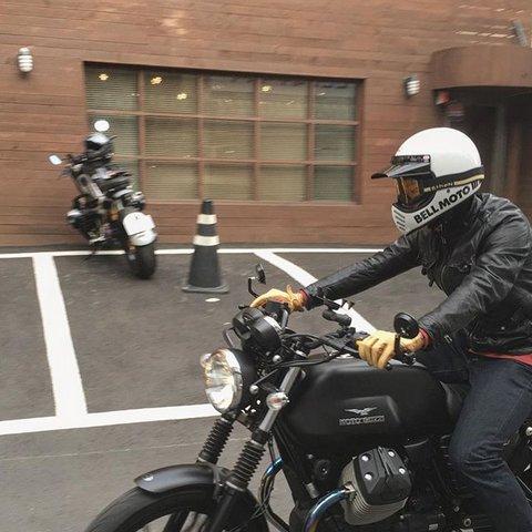 BELLヘルメット MOTO3①